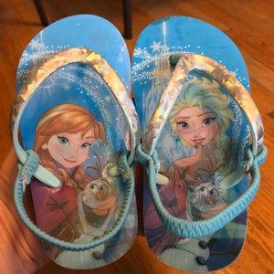 Disney Frozen Holographic Flip Flops Size 9/10